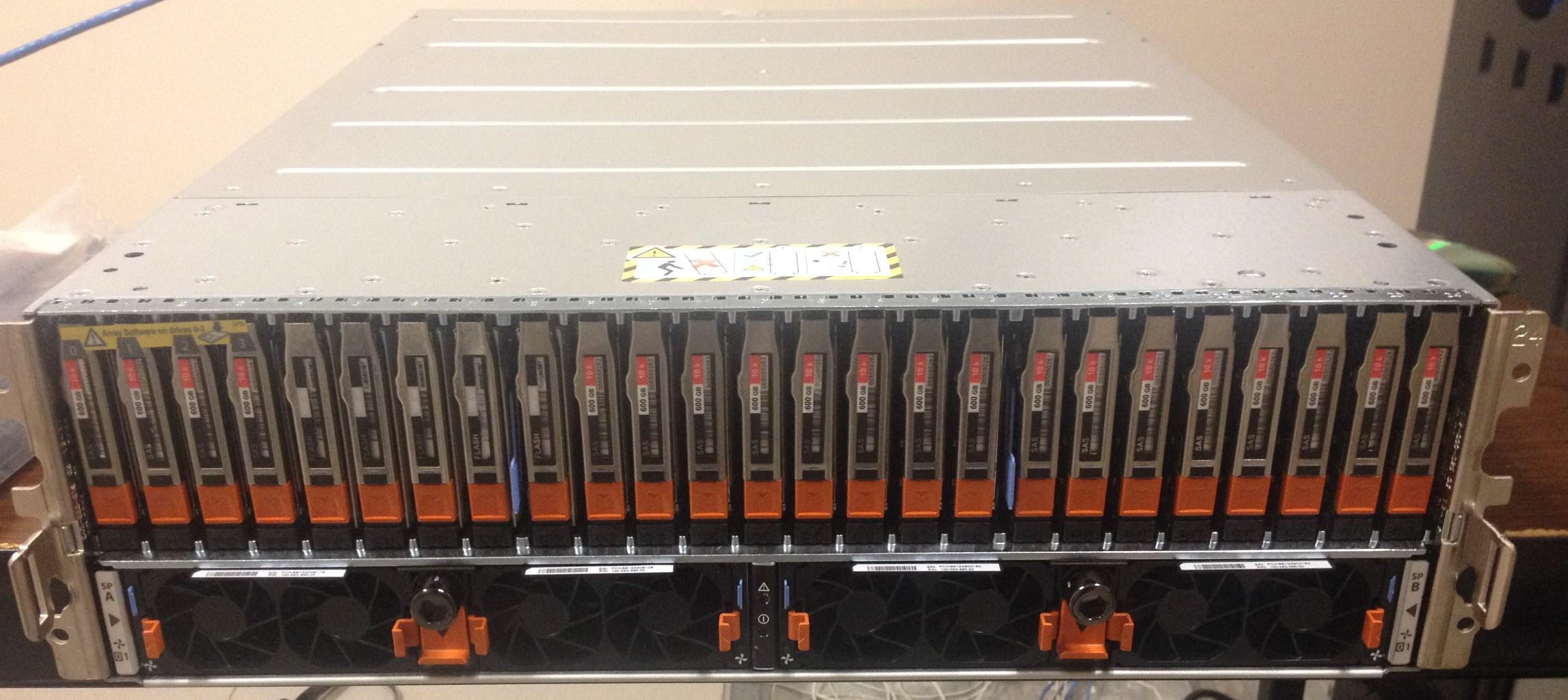 بررسی استوریج EMC VNX5400